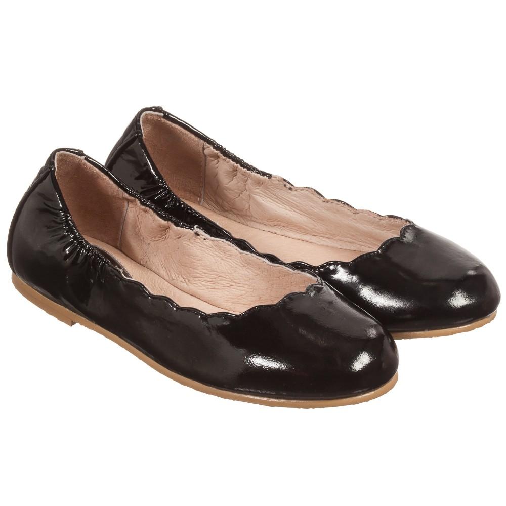 bloch black patent leather scallop ballerina
