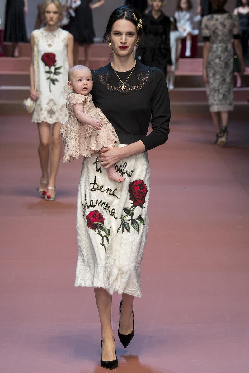 addf3c812c Dolce   Gabbana Celebrate Mums at Milan Fashion Week - Blog ...