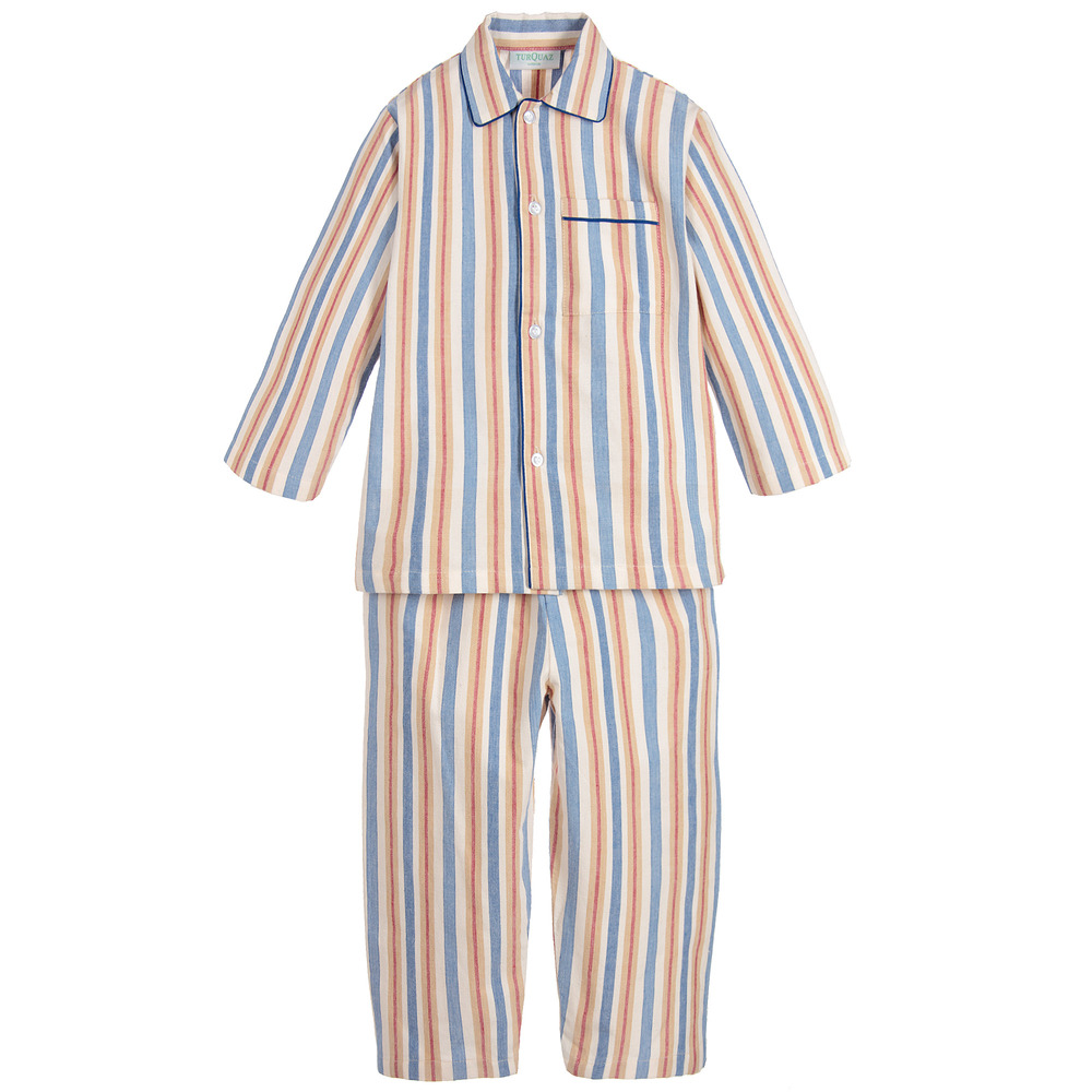 boy in striped pyjama Through the lens of an eight-year-old boy largely shielded from the reality of world war ii, we witness a forbidden friendship that forms between bruno.