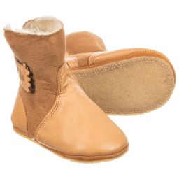 Easy Peasy - 'Chobotte' Tan Slipper Boots | Childrensalon